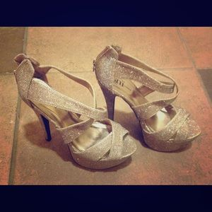 Shi by Journey's Gold Glitter Pump Heels